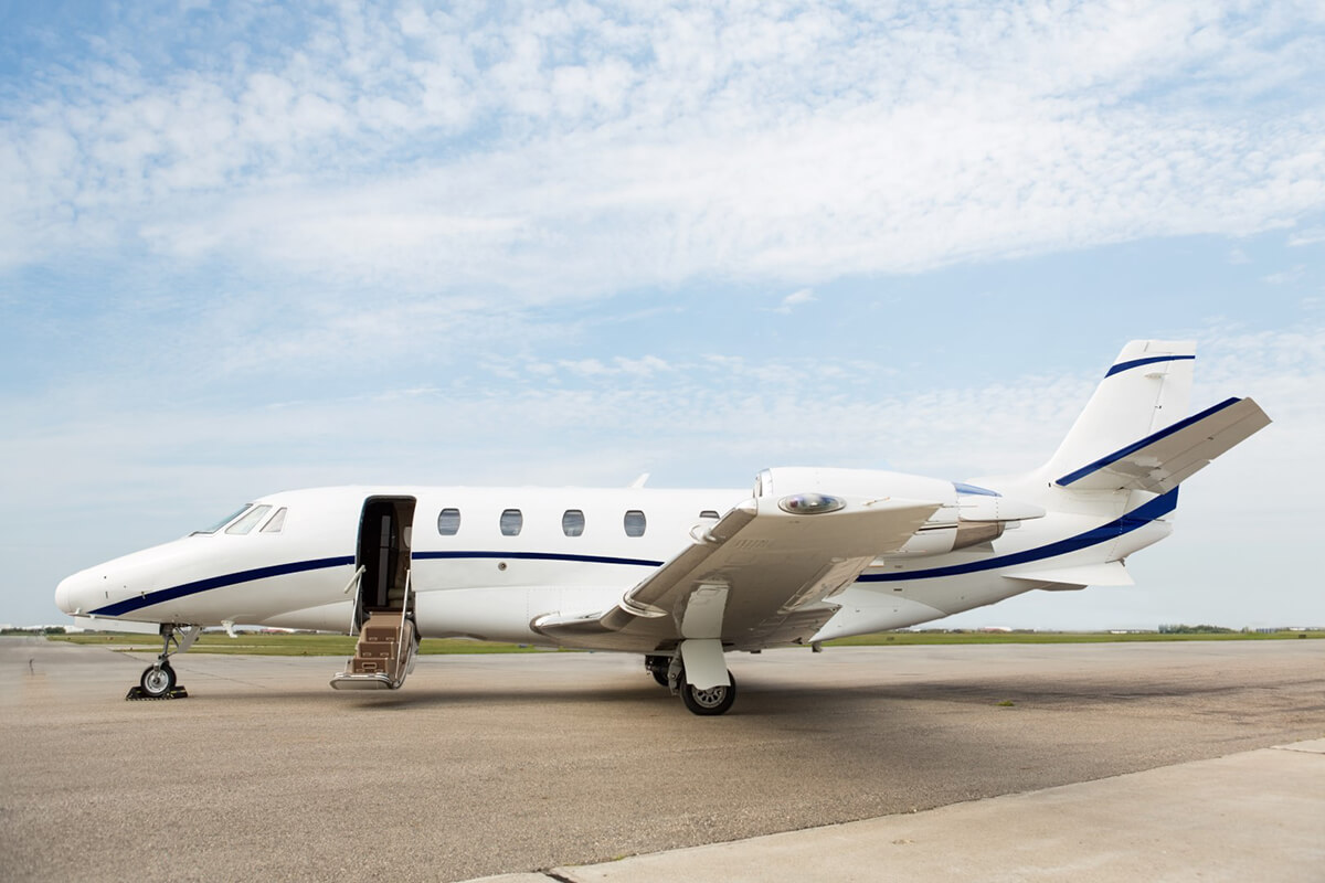 very light cessna citation II 1